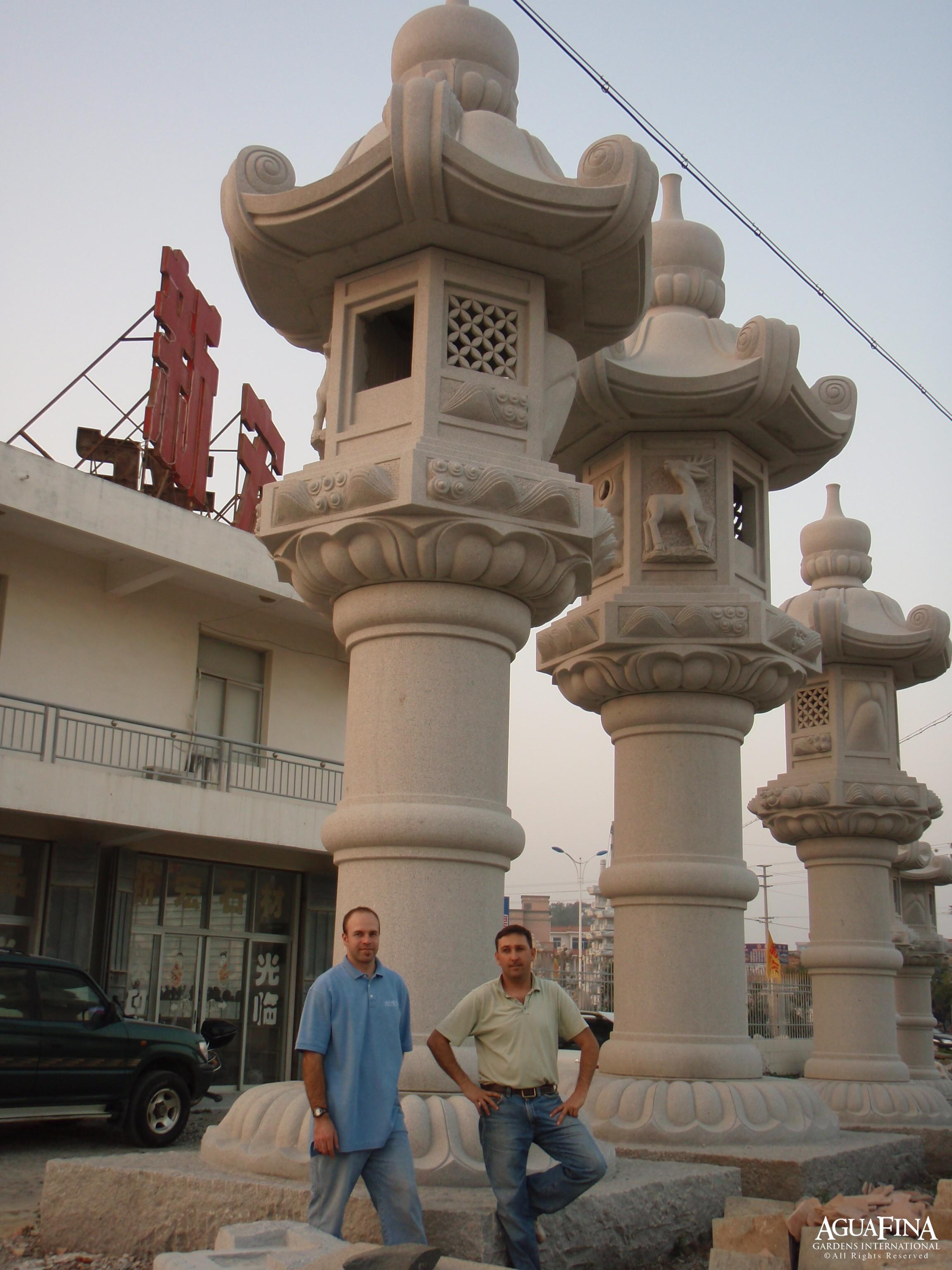 Large Kasuga Lanterns